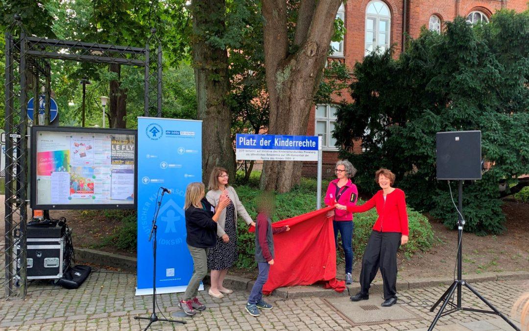 Drosteiplatz wird auch Platz der Kinderrechte